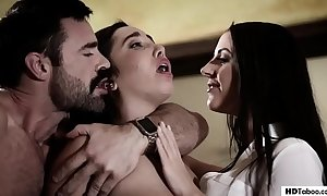 Stepdad and little one pay attention about a psychotherapist - angela uninspiring and karlee venerable - pure taboo