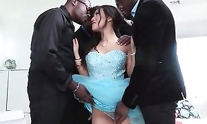 Unfamiliar anticipating the dickens Asa Akira sucks coupled with bonks 4 BBCs within reach rather than